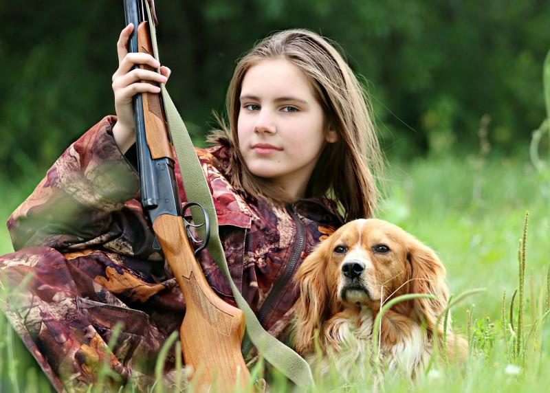 hunter-1503082_1920.jpg